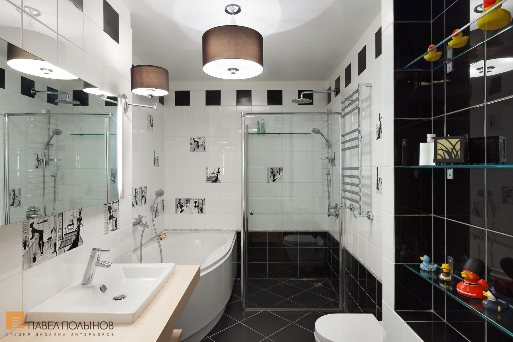 Дизайн плитки в ванной комнате в черно белых тонах