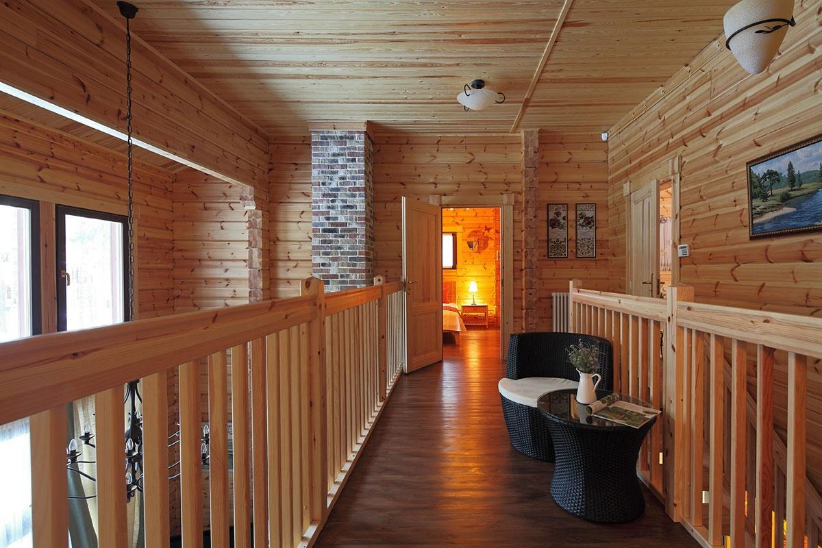 Дизайн второго этажа деревянного дома фото
